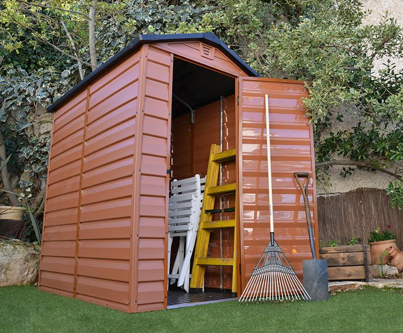 Kupujemy gotowy domek narzędziowy do ogrodu